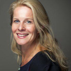 Evelien van Es topcoach, spreker en auteur. Ik begeleid hoogopgeleide ondernemers bij het creëren van inzicht vanuit het hart van hun bedrijf