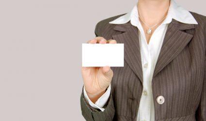 Netwerkbijeenkomst do's en don'ts gesprekken voeren en visitekaartjes uitdelen