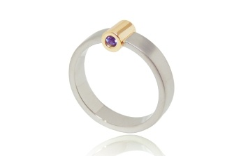 Watch out World, here she comes Lasand Jewellery Sandra Bruil custom made rings Archief Lasand Jewellery Cylinder Engagement