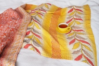 In gesprek met Margot Lieftinck van Tulsi Crafts, kantha sari deken sprei