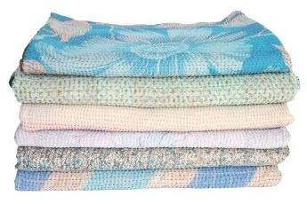 In gesprek met Margot Lieftinck van Tulsi Crafts, kantha sare dekens, plaid en sprei
