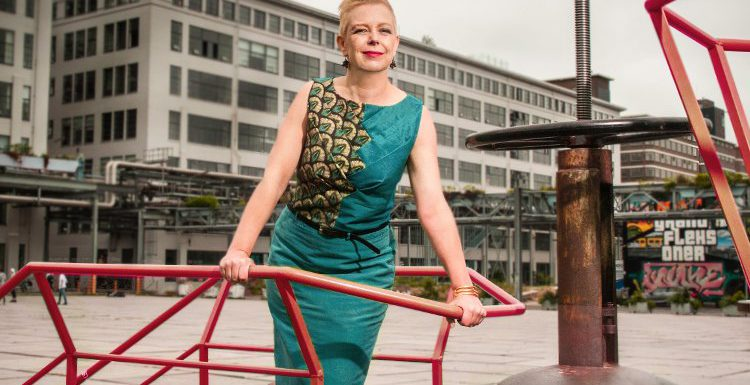 Watch out World here we are to stay with Business Couture, Daniele Steman, carriereswitch, Maatkleding, vrouwelijk ondernemerschap