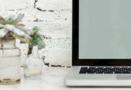 Ghostwriter service Myrthe Claus tekstschijver en copywriter voor jouw online content