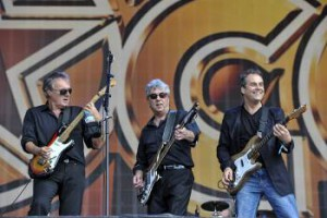 10cc live Hyde Park London 2014 350x215