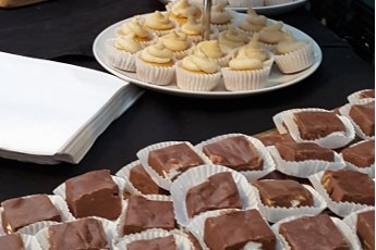 Presentatie van speculaas cupcakes en Rocky Road Fudge door PArty Fours van Annemiek Tijhof Here we are met Party Fours