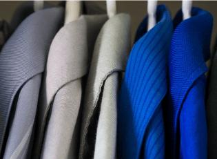 Kleding is een taal. Wat kleding en kleur voor je persoonlijke uitstraling kunnen doen Marieke Blok De Imagostrateeg