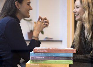 In gesprek met Veerle Smit en Romée Snijders van Compendium Geneeskunde