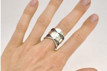 Prototype Layers ring Lasand Jewellery Sandra Bruil